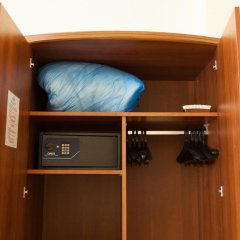 Гостиница Максима Заря 3* Семейный номер с двуспальной кроватью фото 5