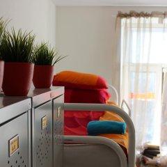 Хостел Online Кровать в общем номере с двухъярусной кроватью фото 17