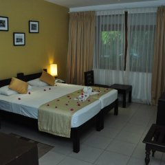 Отель Lakeside At Nuwarawewa 3* Улучшенный номер фото 4