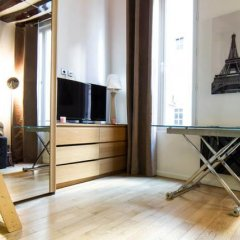 Отель Lovely Studio Center of Paris Франция, Париж - отзывы, цены и фото номеров - забронировать отель Lovely Studio Center of Paris онлайн комната для гостей фото 2