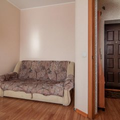 Гостиница April on Karla Marksa Апартаменты с различными типами кроватей фото 9