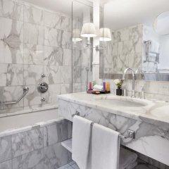 Отель Castille Paris - Starhotels Collezione 5* Улучшенный номер с различными типами кроватей фото 4