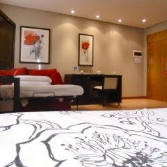 HQ La Galeria Hotel-Restaurante сейф в номере
