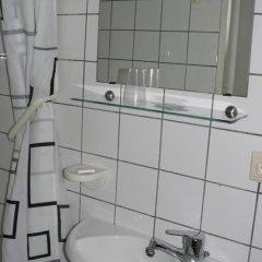 Hotel Les Acteurs 2* Стандартный номер с различными типами кроватей фото 6