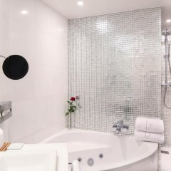 Отель Banke Hôtel 5* Улучшенный номер с различными типами кроватей