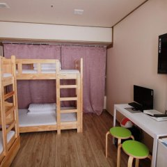 Отель Tomo Residence 2* Стандартный семейный номер с двуспальной кроватью фото 3