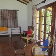 Kumbukgahawatta Hotel удобства в номере