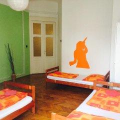 Boomerang Hostel and Apartments Стандартный номер с различными типами кроватей (общая ванная комната) фото 2