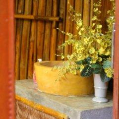 Отель Under the coconut tree Бунгало с различными типами кроватей фото 4