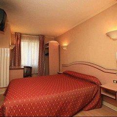 Отель Hôtel Habituel 3* Стандартный номер с двуспальной кроватью фото 3
