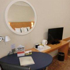 Отель Holiday Inn Express Luohu Шэньчжэнь удобства в номере фото 2