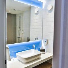 Отель Holiday Inn Express Karlsruhe - City Park 3* Стандартный номер с различными типами кроватей