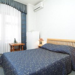 Гостиница Юг комната для гостей