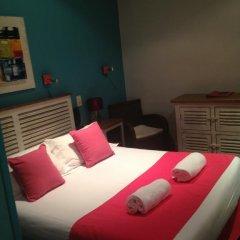 Отель Hôtel Côté Patio 3* Стандартный номер с двуспальной кроватью фото 11