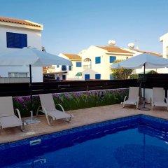 Отель Villa Charlotte Кипр, Протарас - отзывы, цены и фото номеров - забронировать отель Villa Charlotte онлайн бассейн