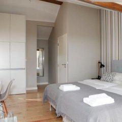 Отель Flores Guest House 4* Улучшенный номер с различными типами кроватей фото 11