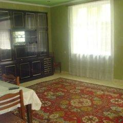 Отель Guest House Usanoghakan Армения, Дилижан - отзывы, цены и фото номеров - забронировать отель Guest House Usanoghakan онлайн комната для гостей фото 3