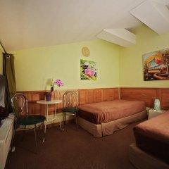 Отель Sleep In BnB 3* Стандартный номер с 2 отдельными кроватями (общая ванная комната) фото 5
