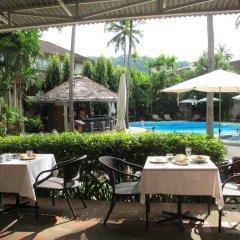 Отель Coconut Village Resort питание фото 2