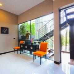 Отель AQUA Villas Rawai 4* Стандартный номер с разными типами кроватей фото 38
