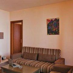 Апартаменты Eagles Nest Apartments комната для гостей