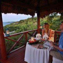 Отель Wananavu Beach Resort 4* Бунгало с различными типами кроватей фото 7