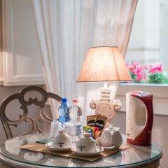 Отель B&B Emozioni Fiorentine 2* Стандартный номер с различными типами кроватей фото 29