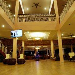 Отель Chivatara Resort & Spa Bang Tao Beach Таиланд, Пхукет - отзывы, цены и фото номеров - забронировать отель Chivatara Resort & Spa Bang Tao Beach онлайн интерьер отеля фото 3