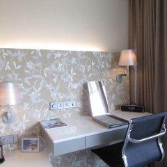 Wangz Hotel 4* Улучшенный номер с различными типами кроватей фото 6