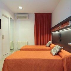 Отель Hostal Benidorm Стандартный номер с 2 отдельными кроватями фото 7