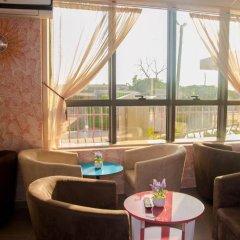 Отель Crismon Hotel Гана, Тема - отзывы, цены и фото номеров - забронировать отель Crismon Hotel онлайн интерьер отеля фото 2