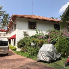 Отель Palm Beach Villa Шри-Ланка, Ваддува - отзывы, цены и фото номеров - забронировать отель Palm Beach Villa онлайн парковка