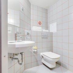 Мини-отель 15 комнат 2* Номер Эконом с разными типами кроватей