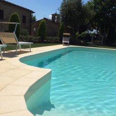 Отель Podere Buriano Ареццо бассейн