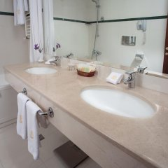Гостиница Отрада 5* Стандартный номер на цокольном этаже с двуспальной кроватью фото 2