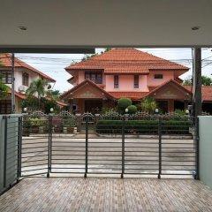 Отель The Little Box House Krabi 3* Коттедж с различными типами кроватей фото 13