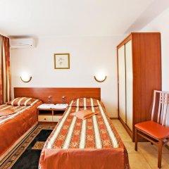 Гостиница Электрон 3* Номер Эконом с разными типами кроватей (общая ванная комната) фото 7