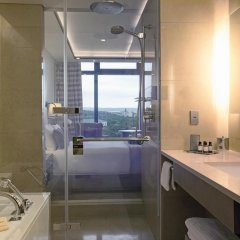 Отель Fairmont Baku at the Flame Towers 5* Люкс с двуспальной кроватью