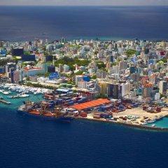 Отель Clear Sky Inn By Wonderland Maldives 3* Кровать в мужском общем номере фото 5