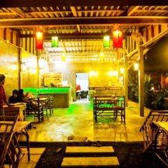 Отель Popular Lanta Resort Ланта гостиничный бар