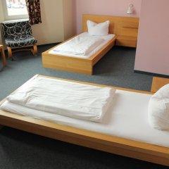 Отель St Christophers Inn Berlin Стандартный номер с 2 отдельными кроватями (общая ванная комната) фото 3