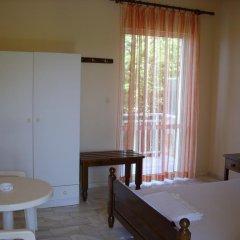 Отель Siskos Греция, Андравида-Киллини - отзывы, цены и фото номеров - забронировать отель Siskos онлайн комната для гостей фото 3