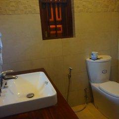 Отель Thaproban Beach House 3* Номер Делюкс с двуспальной кроватью фото 11