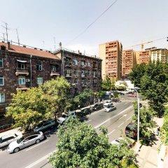 Отель Yerevan Lights Apartment Армения, Ереван - отзывы, цены и фото номеров - забронировать отель Yerevan Lights Apartment онлайн балкон