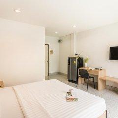 Отель The Fifth Residence 3* Улучшенный номер с двуспальной кроватью фото 5