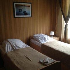 Гостевой дом «Виктория» Стандартный семейный номер с разными типами кроватей фото 2