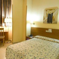 Отель Ciutat de Sant Adria 2* Стандартный номер с различными типами кроватей фото 4