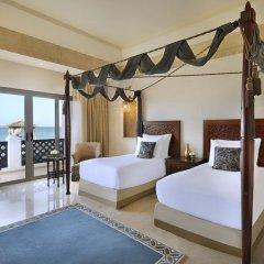 Отель Sharq Village & Spa 5* Стандартный номер с различными типами кроватей фото 11