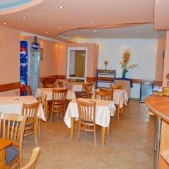 Отель Arlanda Болгария, Свети Влас - отзывы, цены и фото номеров - забронировать отель Arlanda онлайн питание фото 3