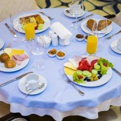Отель Tiflis Palace питание фото 3